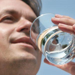 man-drinking-water-1000px